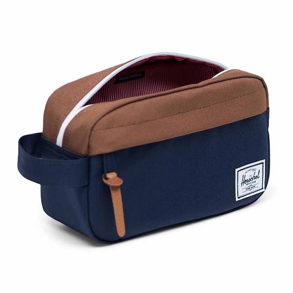 Herschel Chapter Carry On Wash Bag