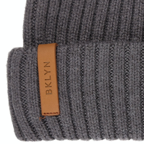 BKLYN Oversized Merino Faux Fur Pom Pletená čepice