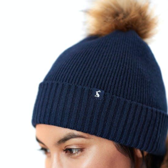 Joules Snowday , Hatt