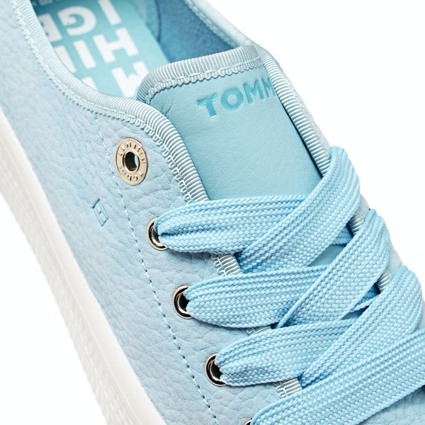 Tommy Hilfiger Nubuck Flatform Женщины Обувь