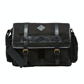 Country Attire Barnet Messenger Bag - Black
