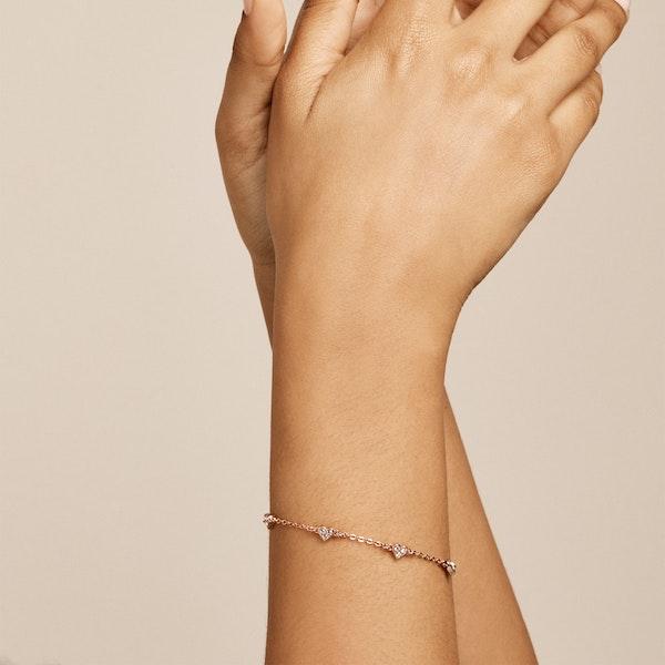 Ted Baker Neleaha: Nano Heart Charm Bracelet