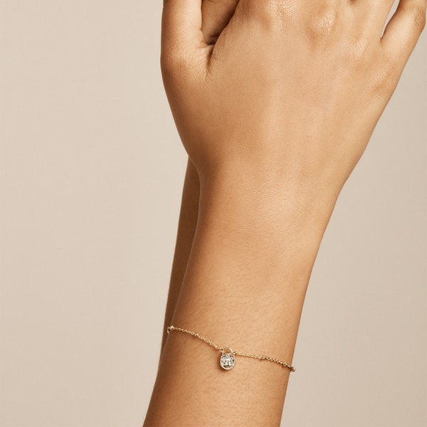 Ted Baker Pasinni: Mini Pave Padlock Charm Bracelet