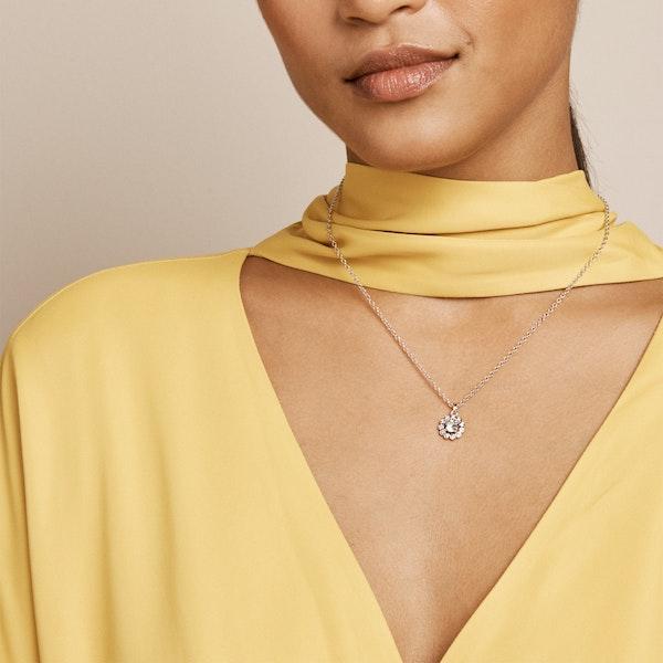 Ted Baker Lramza Daisy Crystal Daisy Pendant Necklace