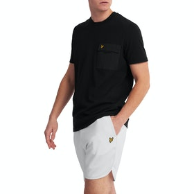 Lyle & Scott Casuals Chest Pocket Kurzarm-T-Shirt - Black