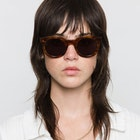 Monokel Shiro , Solglasögon