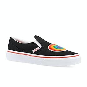 Vans Junior Classic Slip On Kids Trainers - Chenille Rainbow Heart True White