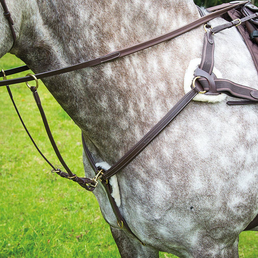 Shires Salisbury Five Point Breast Plate Available From