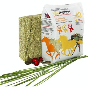 Equilibrium Vitamunch Heavenly Hedgerow Horse Treats - Clear