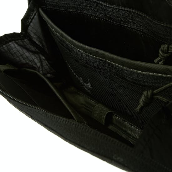 Osprey Document Zip ウォレット