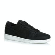 Nike SB Zoom Dunk Low Pro Shoes