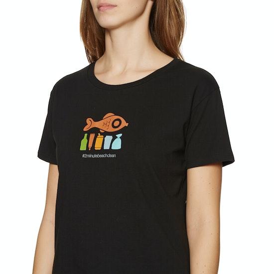 2 Minute Beach Clean Ladies Womens Short Sleeve T-Shirt