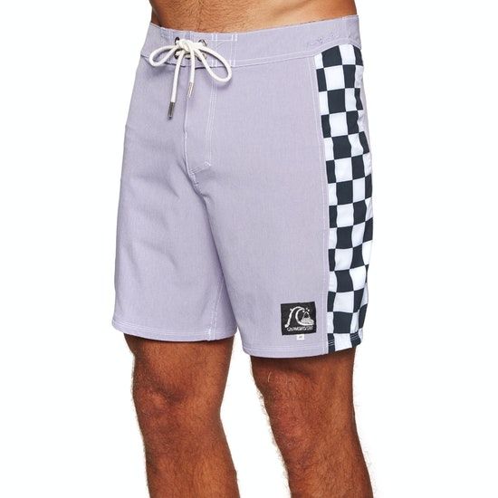 Quiksilver Highline Checker Arch 18in Beach Shorts