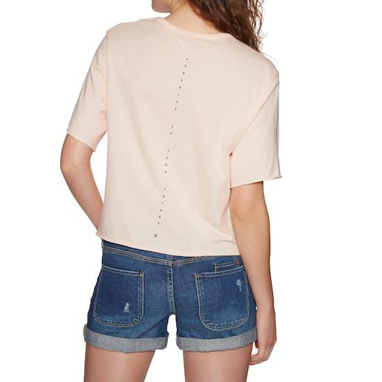 Hurley Metal Blades Crop Pocket Crew Ladies Short Sleeve T-Shirt