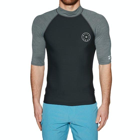 8fbcc440648b Camisetas de protección disponible de Surfdome