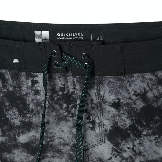 Quiksilver Highline Omni Arch 18 Mens Boardshorts