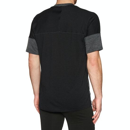 Icebreaker Kinetica Crewe Short Sleeve T-Shirt