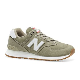 big sale aa87d 08ec8 New Balance Shoes, Trainers & Bags - Surfdome Ireland