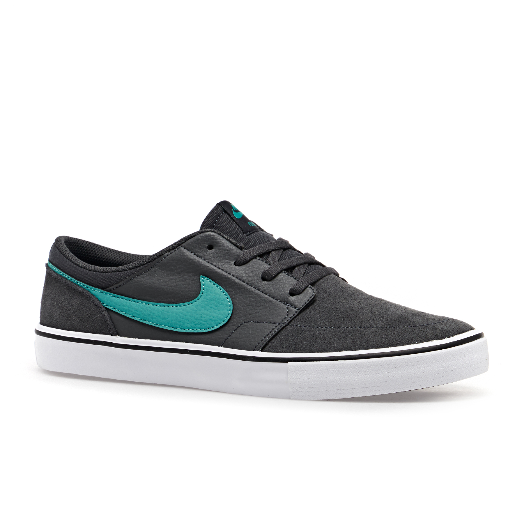 Nike Skateboarding Clothing & Shoes | Nike SB Surfdome UK