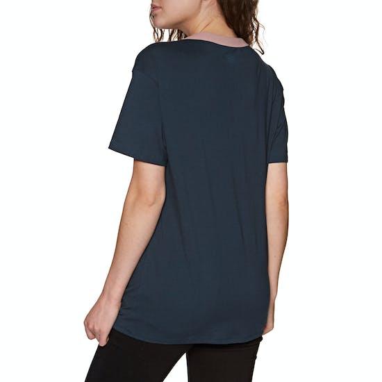 Volcom Becomce Womens Short Sleeve T-Shirt