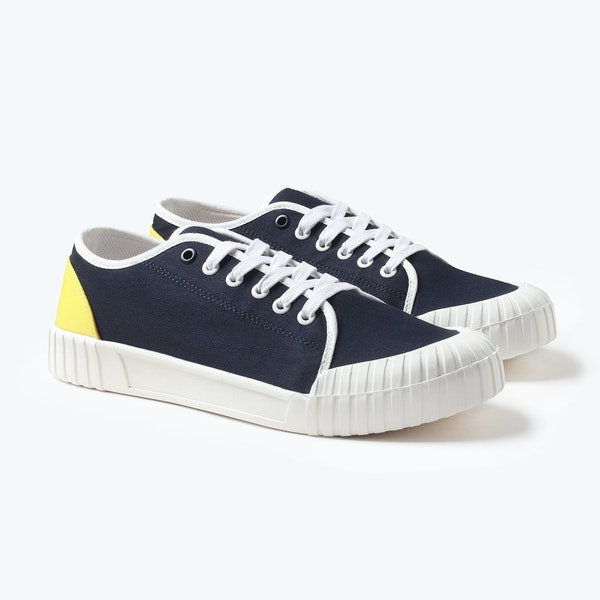Good News Babe Low Top Sneakers Shoes