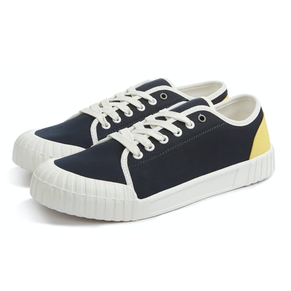 Good News Babe Low Top Sneakers Buty
