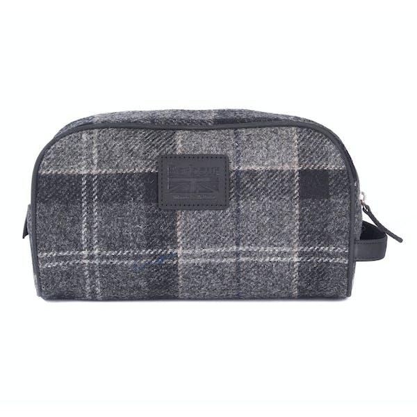 Barbour Shadow Tartan Wash Bag