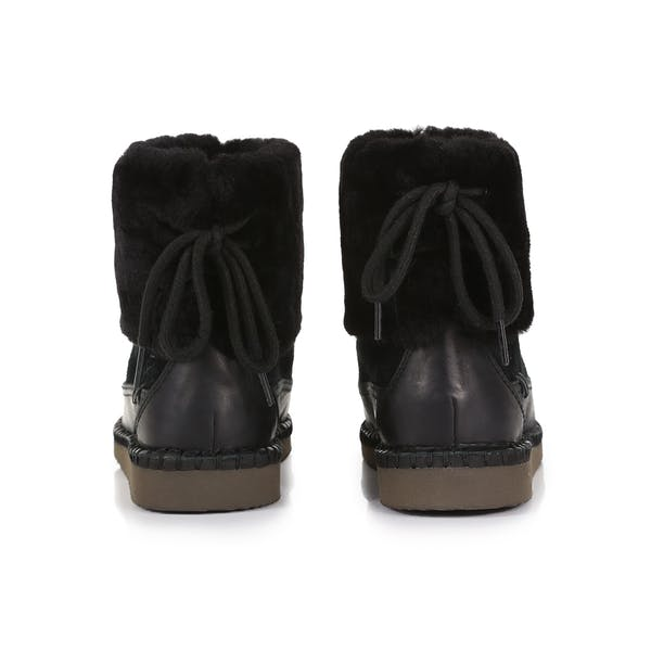 UGG Quinlin Fluff Bootie Dames Laarzen