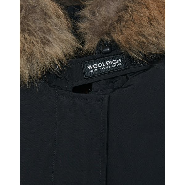 new arrivals aea2b 8c79b Woolrich Arctic Parka Fr Women's Jacket - Black | Country Attire
