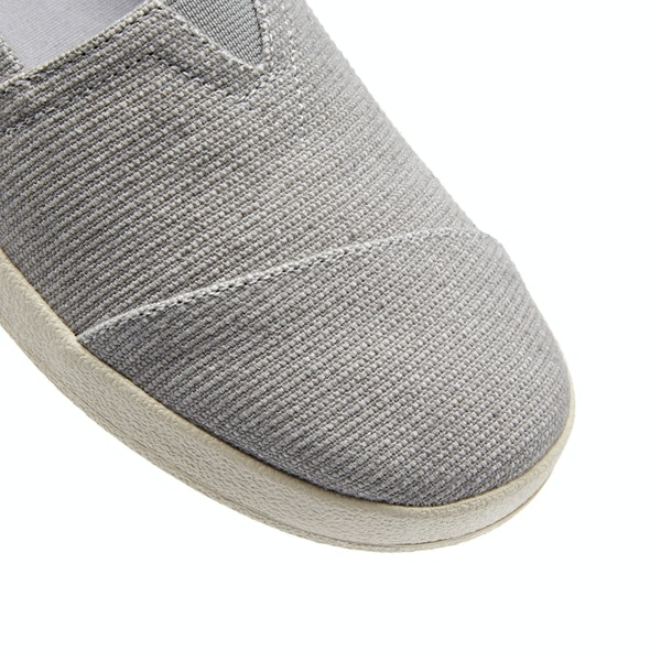 Toms Avalon Women's Slip On Trainers