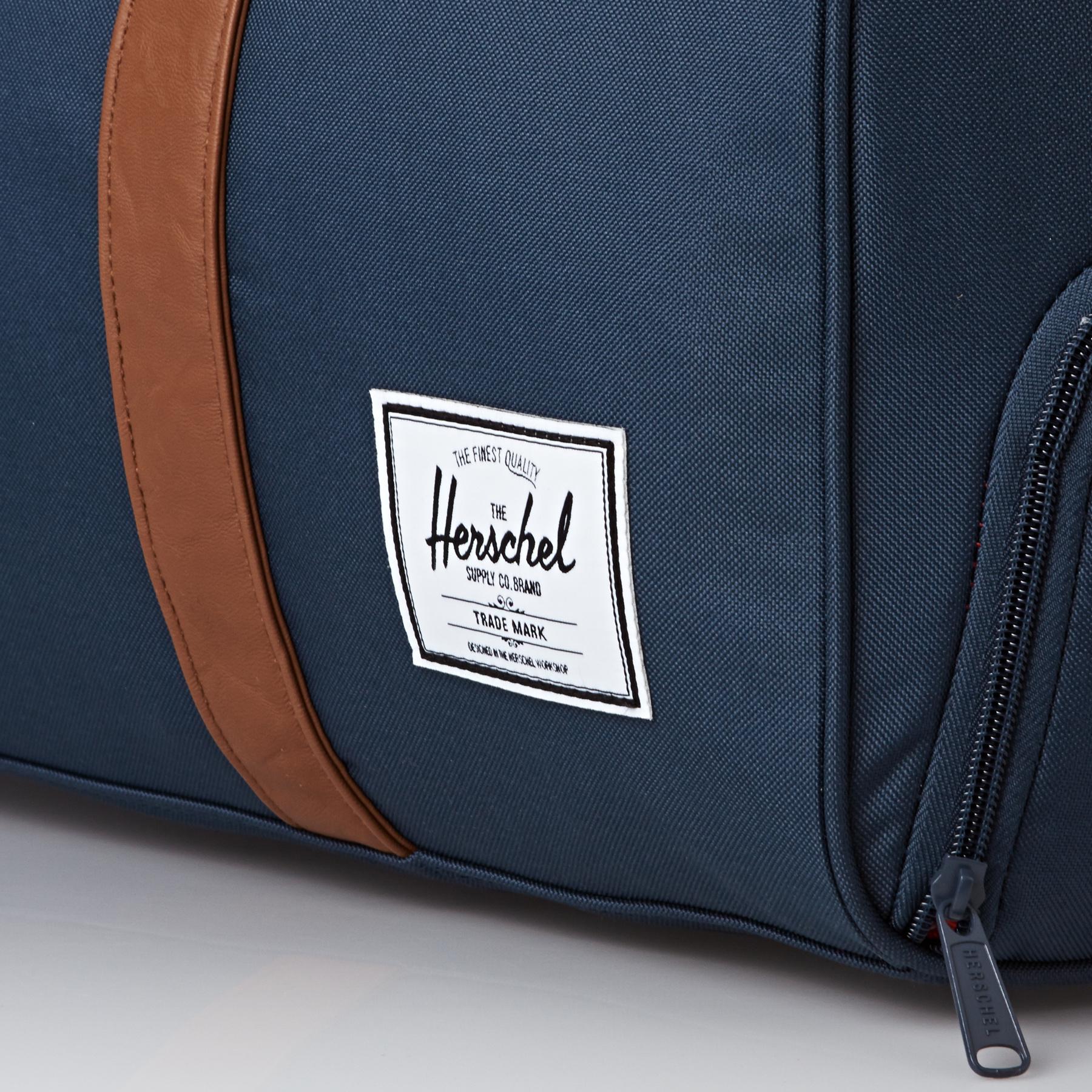 Herschel Supply Co. tilgjengelig fra Blackleaf