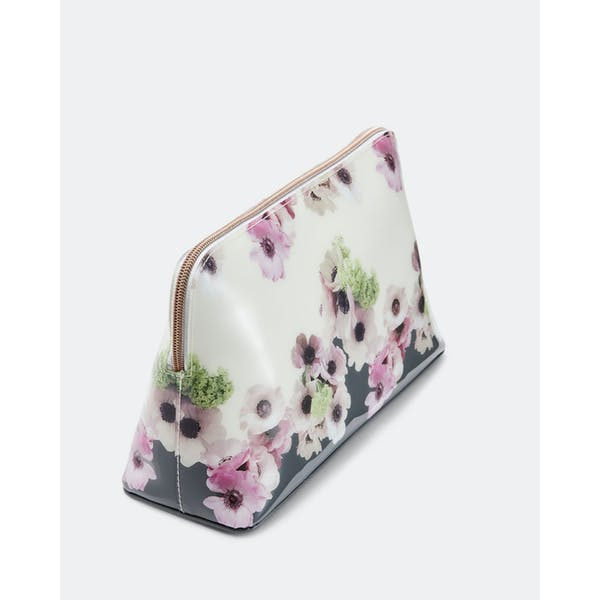 Ted Baker Ruthin Neapolitan Women's Wash Bag