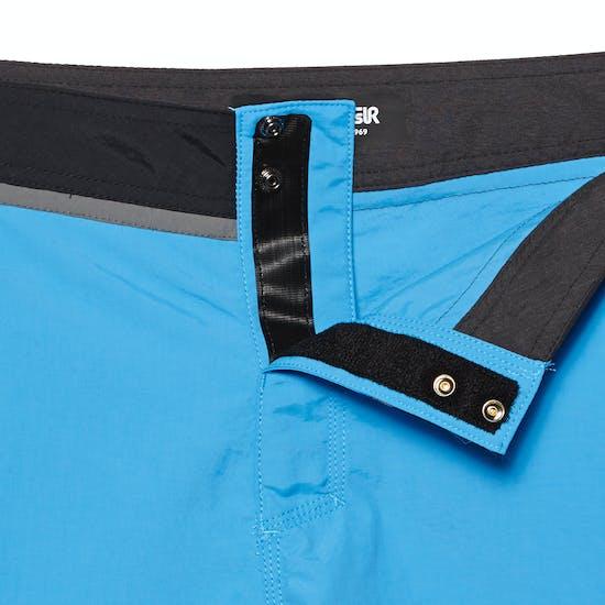 Quiksilver Solid Snap Vee 17in Boardshorts