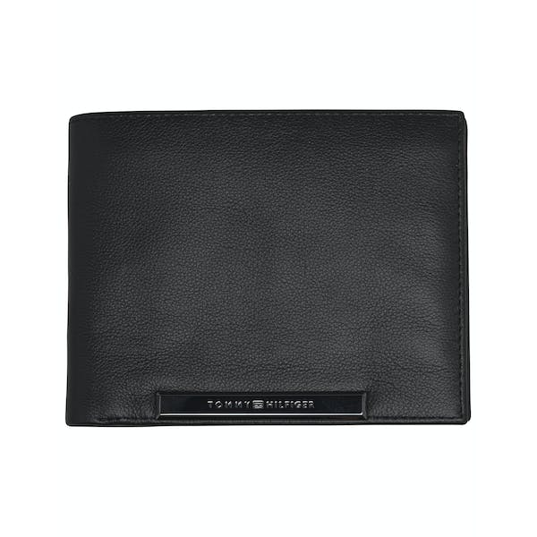 Tommy Hilfiger Corp Plaque Flap Wallet