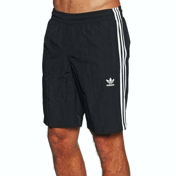 44f96b541f8af Adidas Originals Clothing   Free Delivery available at Surfdome