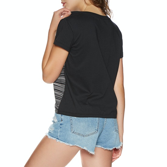 Rip Curl Minimalist Wave Cropped Short Sleeve T-Shirt
